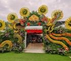 Choáng ngợp trước cổng cưới rồng phượng khổng lồ ở Vĩnh Long