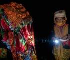 Lễ cưới người Dao: Cô dâu chém hình nhân, thay y phục trước cổng nhà chồng
