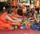 Lào: Thêm một cái Tết không được vui hết mình vì Covid-19