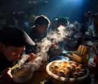 'Bữa sáng ở chợ phiên' của nhiếp ảnh gia Việt đạt giải quốc tế
