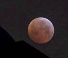 Dịch vụ ngắm siêu trăng 'cháy vé' chỉ trong 2,5 phút
