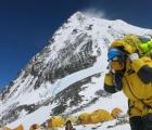 Trung Quốc dừng các hoạt động leo núi trên đỉnh Everest