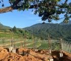 Tạm dừng thi công hàng rào bê tông bủa vây 'cây song song' ở Y Tý
