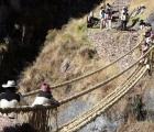 Vượt qua sông sâu, cầu treo 500 năm tuổi dẫn về quá khứ