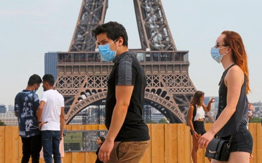 Pháp ghi nhận con số kỷ lục hơn 20.000 ca nhiễm virus SARS-CoV-2 chỉ trong một ngày. Ảnh: Der Standard
