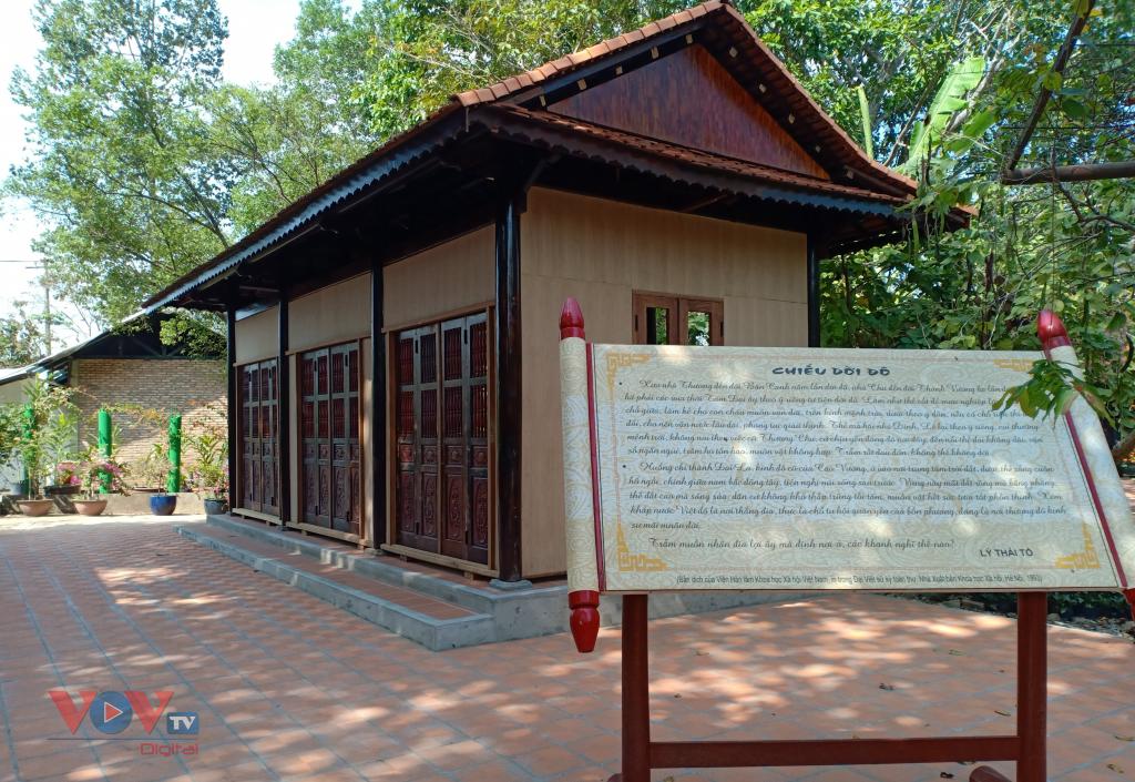 vnjvov Chiếu Dời đô của vua Lý Thái Tổ, giá trị lịch sử dân tộc được phục dựng trong khu du lịch.jpg