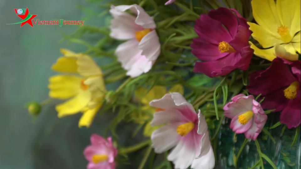 Đất nở hoa