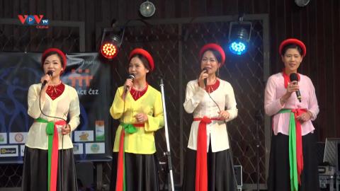 Ấn tượng Việt Nam tại Lễ hội Hành tinh màu 2021 tại CH Séc
