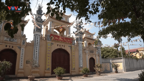 Ghé thăm chùa Phúc Long