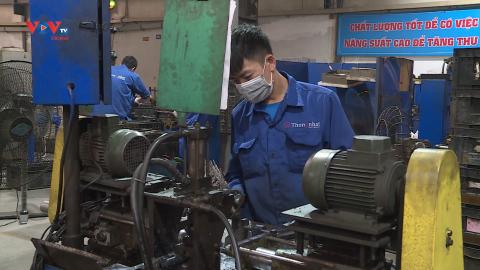Hà Nội đẩy mạnh tiêm vaccine cho người lao động, cơ hội cho doanh nghiệp khôi phục sản xuất
