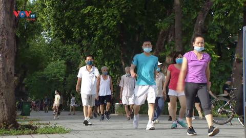 Hà Nội: Hoạt động thể dục, thể thao ngoài trời tấp nập trở lại
