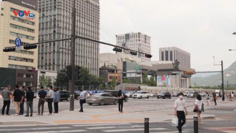 Hàn Quốc mở rộng tiêm chủng cho nhóm đối tượng 18-49 tuổi