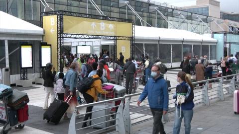Hãng hàng không Bỉ gặp vướng mắc khi sử dụng chứng chỉ Covid-19