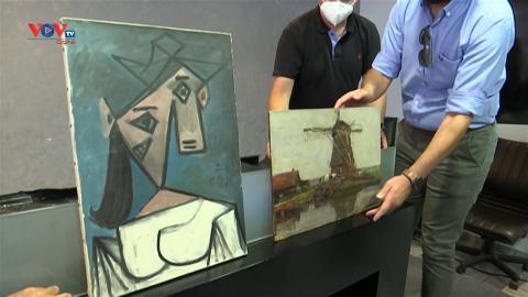 Hy Lạp: Ra mắt hai bức tranh quý sau 9 năm bị đánh cắp
