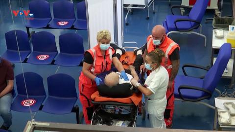 Italia bắt đầu tiêm mũi vaccine bổ sung cho nhóm dễ bị tổn thương