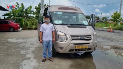 Kiên Giang: Liên tục bắt giữ xe tô tô chở thuê người từ vùng dịch về quê