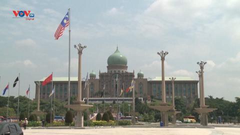 Malaysia thay đổi chiến lược phòng chống Covid-19