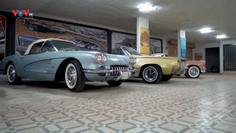 Nhà sưu tầm xe cổ biến nhà thành gara ô tô