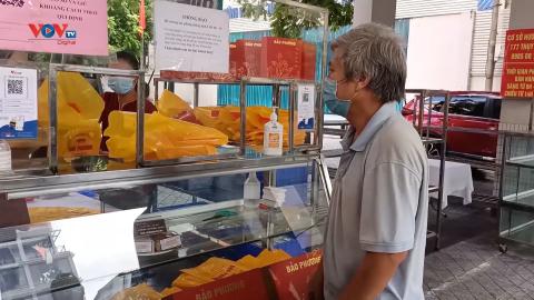 Quận Tây Hồ: Trưng dụng trường học bán bánh Trung thu truyền thống