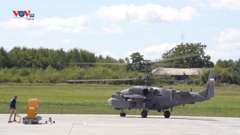Tham quan nhà máy sản xuất trực thăng Ka-52 của Nga
