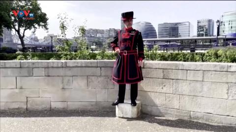 Tham quan Tháp London Anh cùng các Beefeaters