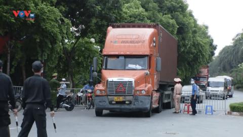 Tháo gỡ khó khăn lưu thông hàng hóa liên tỉnh