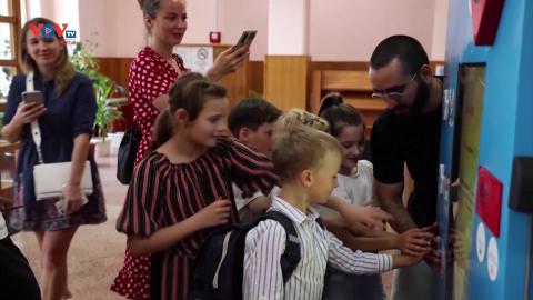 Ukraine: Dự án máy bán hàng giao dịch bằng chai nhựa