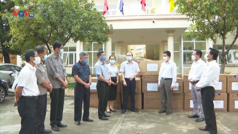 VOV Tây Nguyên trao tặng trang thiết bị y tế giá trị gần 170 triệu đồng cho CDC Đắk Lắk